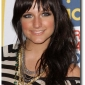 ashlee-simpson-with-long-hair-styles