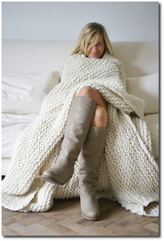 Knitting A Chunky Blanket : Tips how to choose the perfect white paint