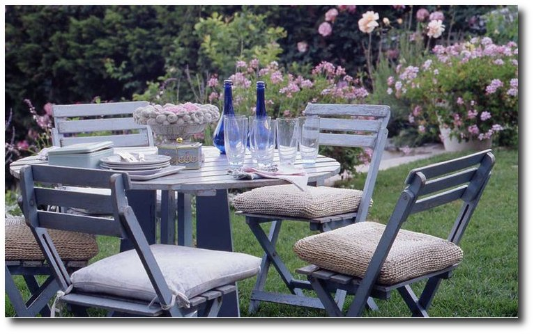 country wedding rachel ashwell white decorating shabby chic decorating distressed furniture - Garden Furniture Shabby Chic