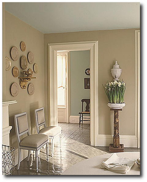 Martha-Stewart, Decorating With China, Decorating With Plates, Plate Displays, Sconces
