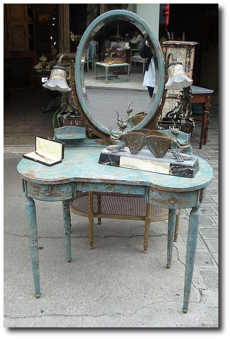 Shabby Vanity - Paris Flea Market by such pretty things on Flickr